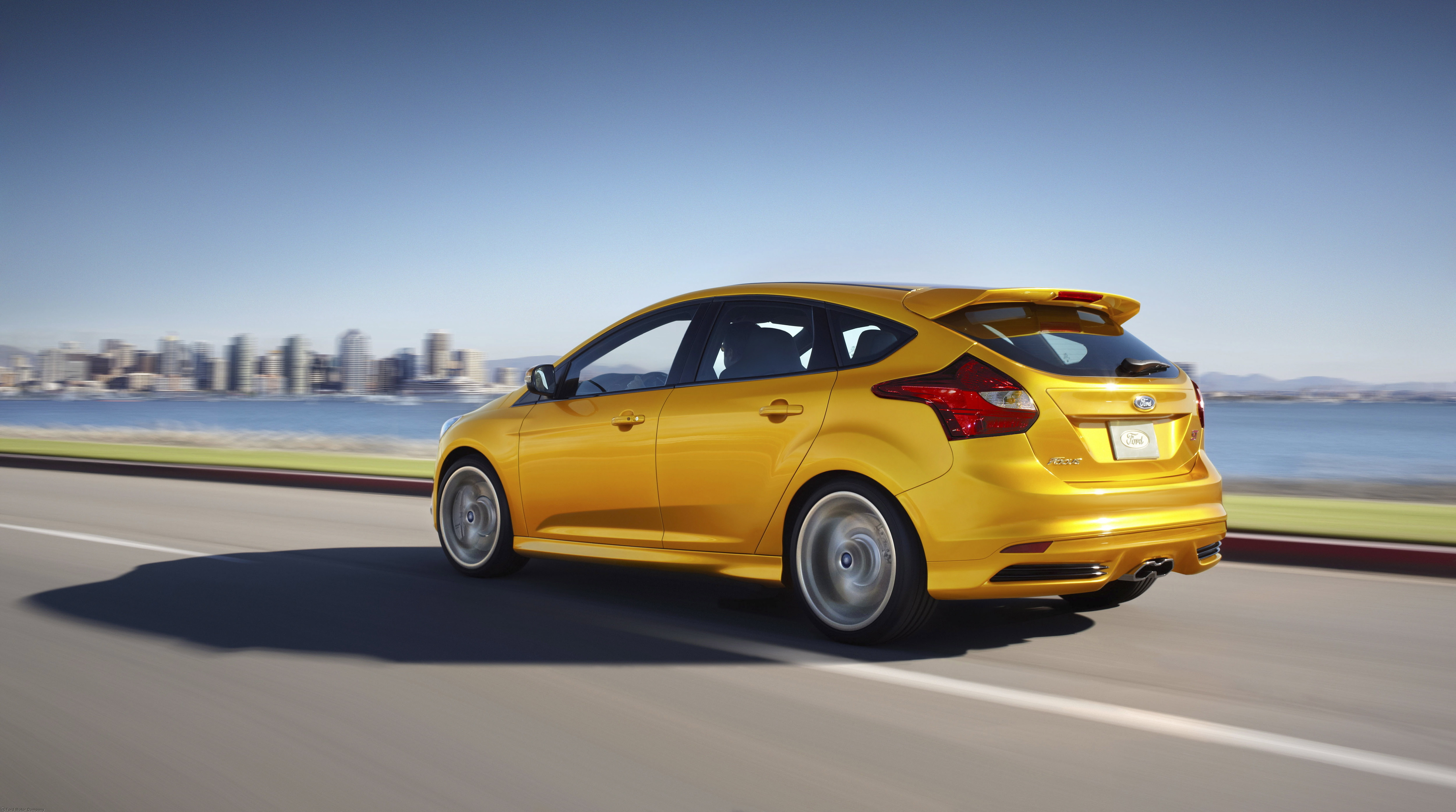 2013 Ford Focus St #2