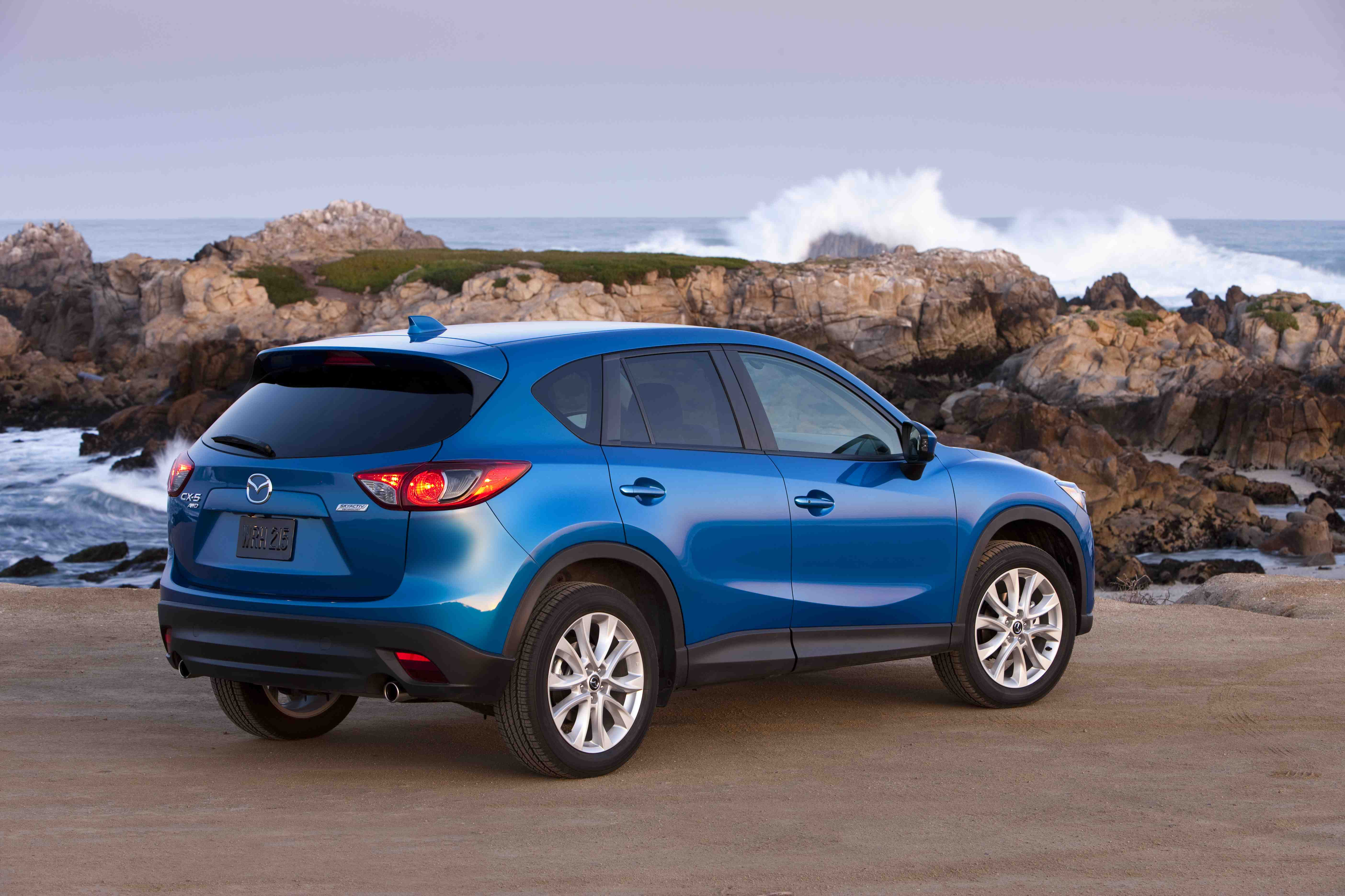 2013 mazda cx 5 photos informations articles. Black Bedroom Furniture Sets. Home Design Ideas