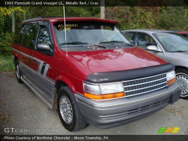 1993 Plymouth Grand Voyager #13