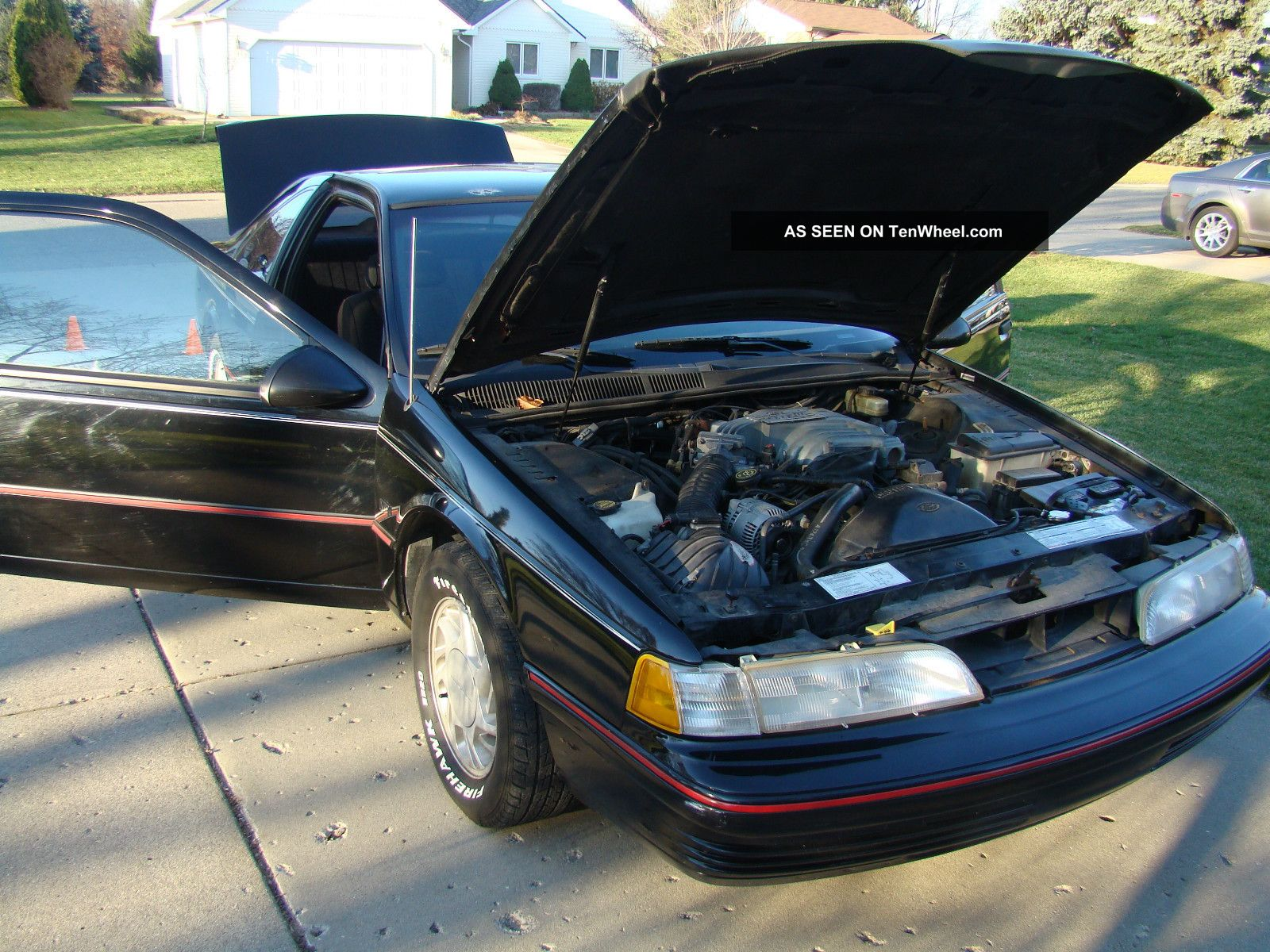 1991 Ford Thunderbird #13