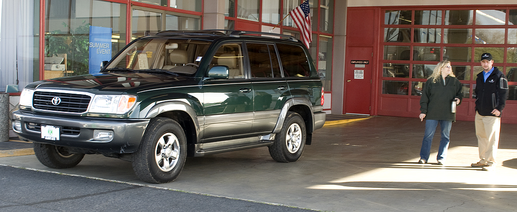 2002 Toyota Land Cruiser #15