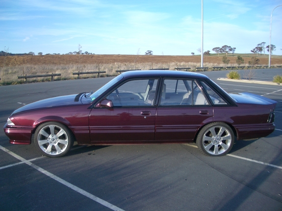 1985 Holden Commodore #12
