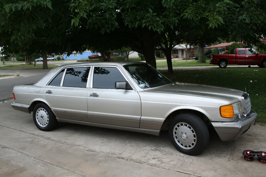 1990 mercedes benz s photos informations articles for How much is a 1990 mercedes benz worth