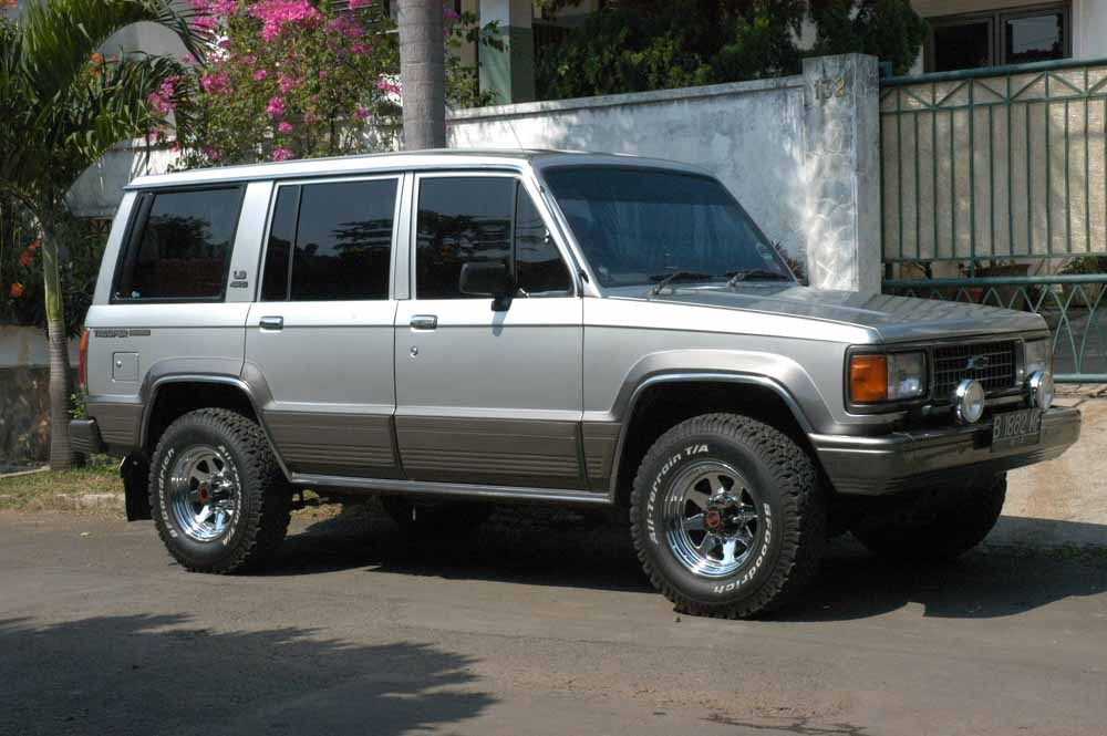 1994 Isuzu Trooper #9