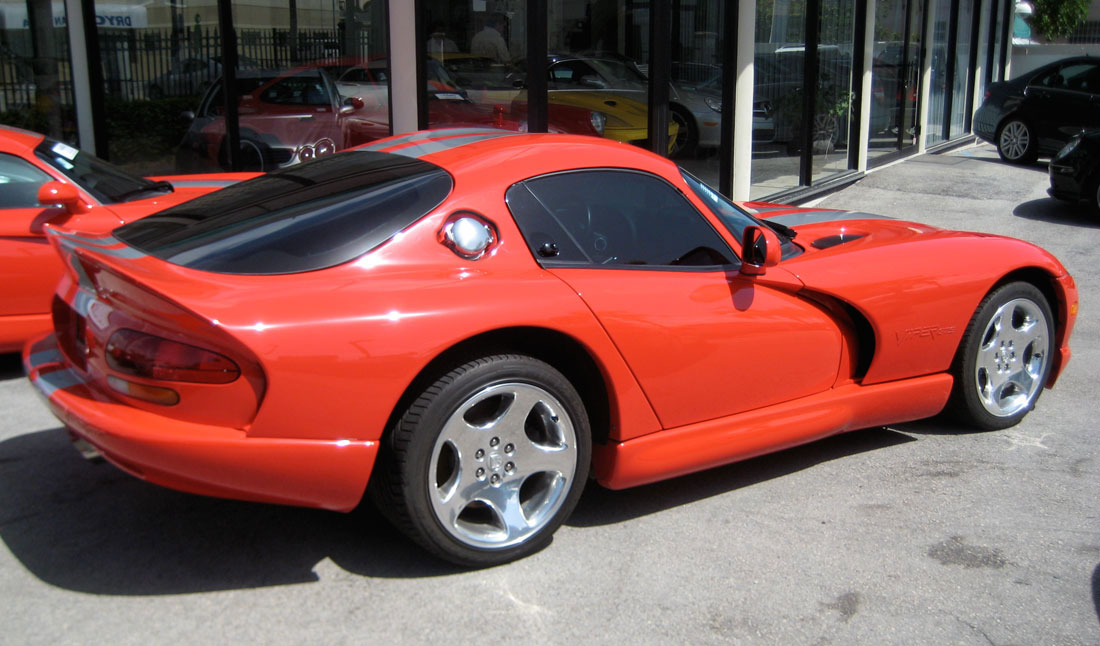 2000 Chrysler Viper #10