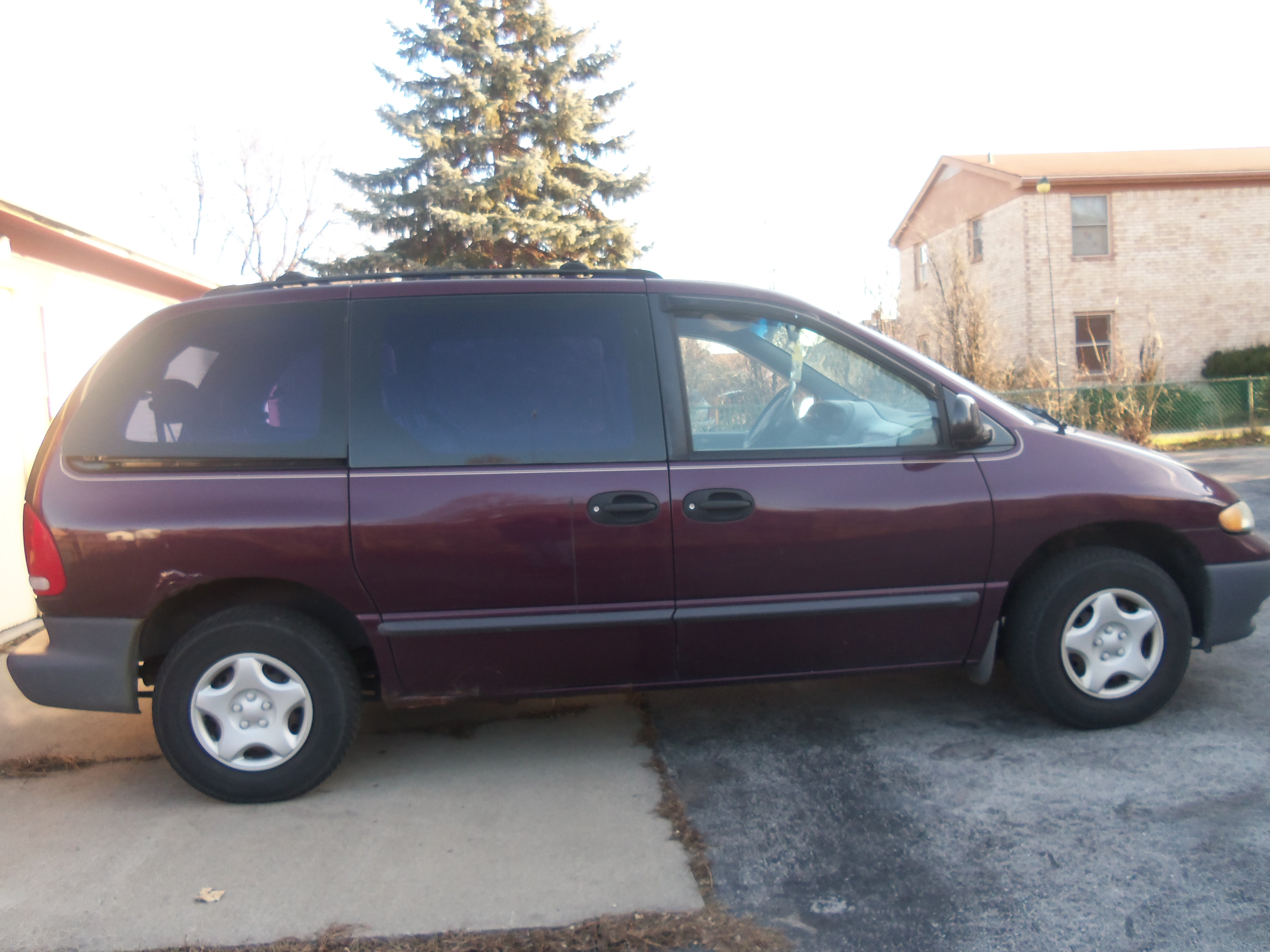 1999 Plymouth Voyager #4