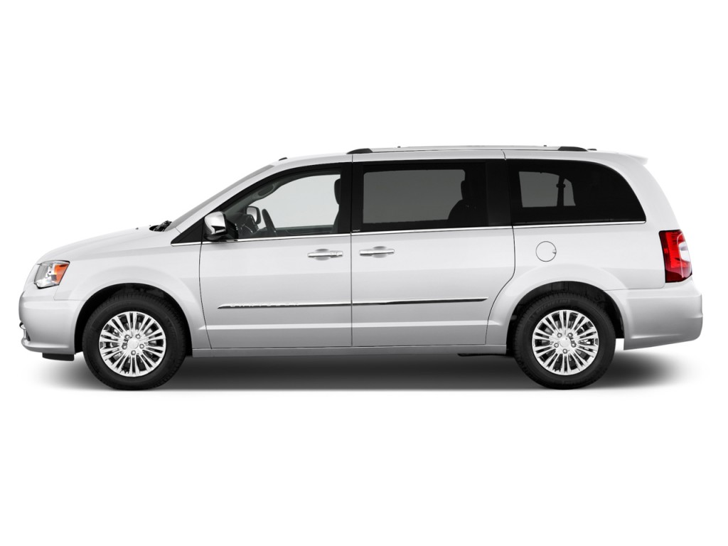 2012 Chrysler Town And Country #8