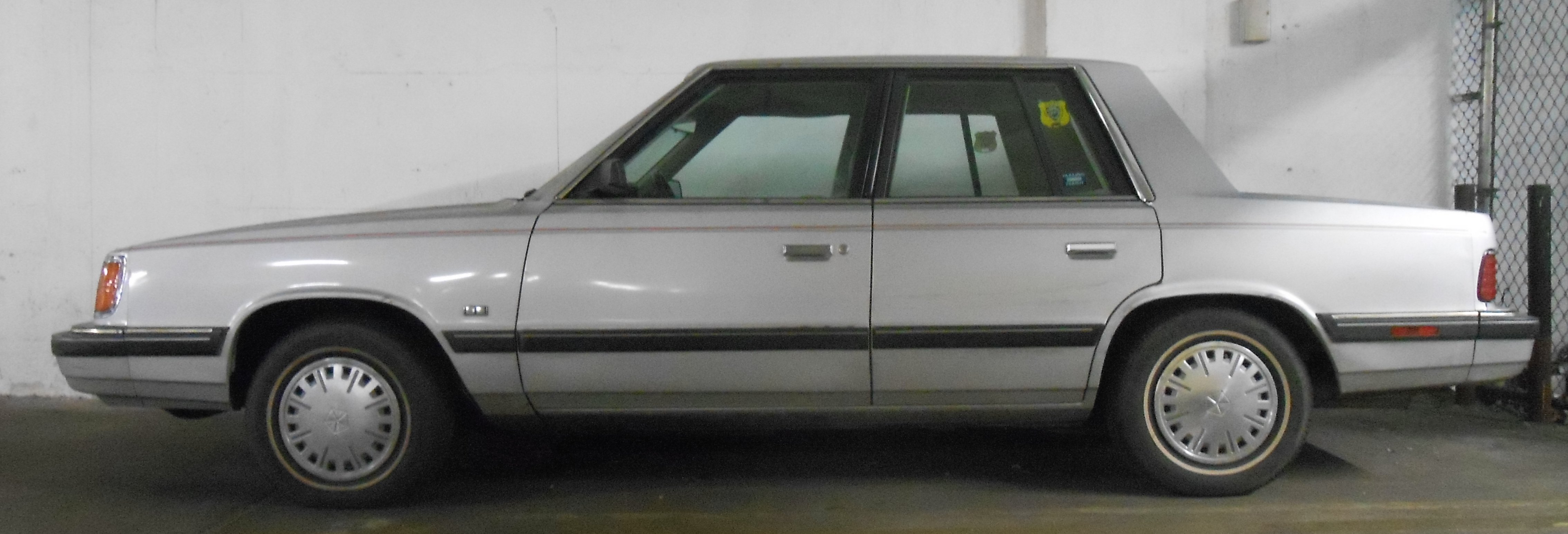 1986 Plymouth Reliant #3