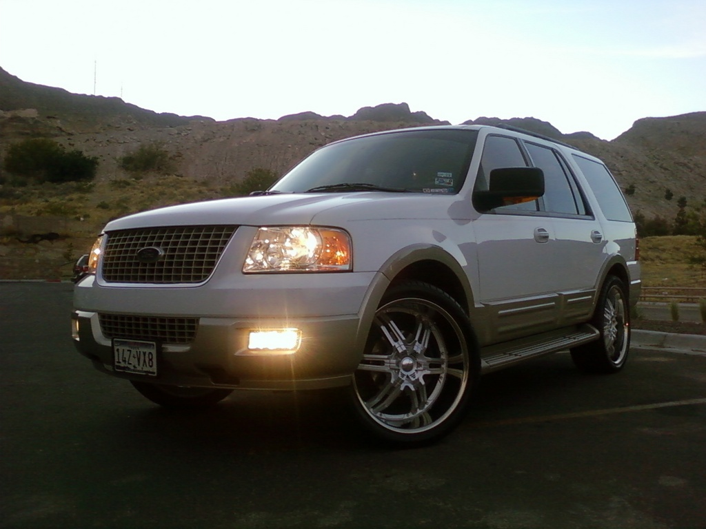 2005 Ford Expedition #4