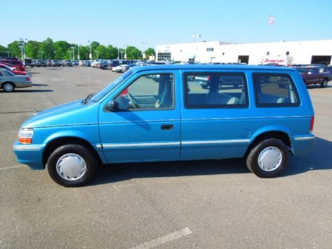 1993 Plymouth Voyager #13