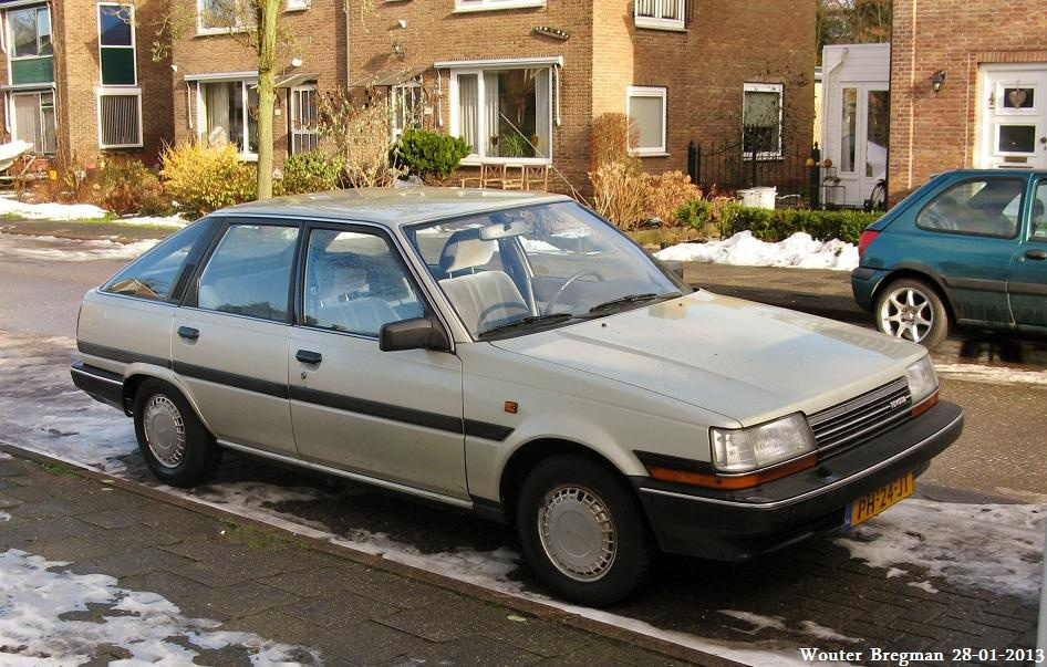 1986 Toyota Carina Photos  Informations  Articles