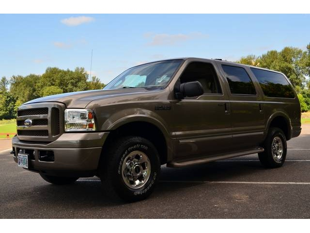 2005 Ford Excursion #12