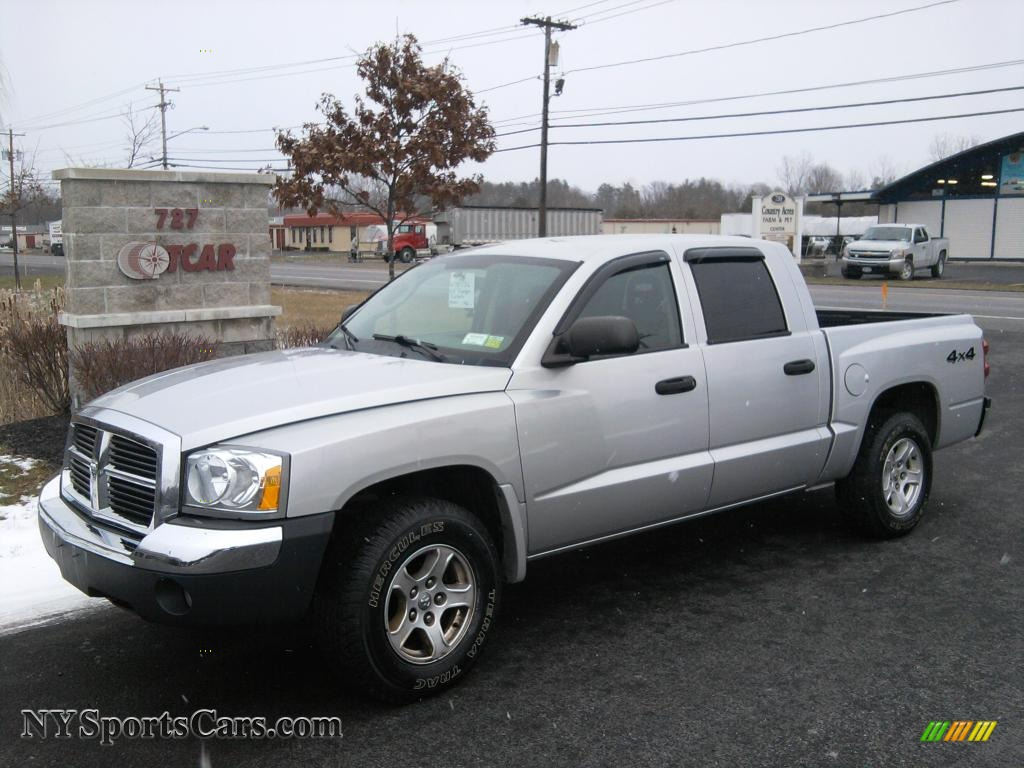 2005 Dodge Dakota #13