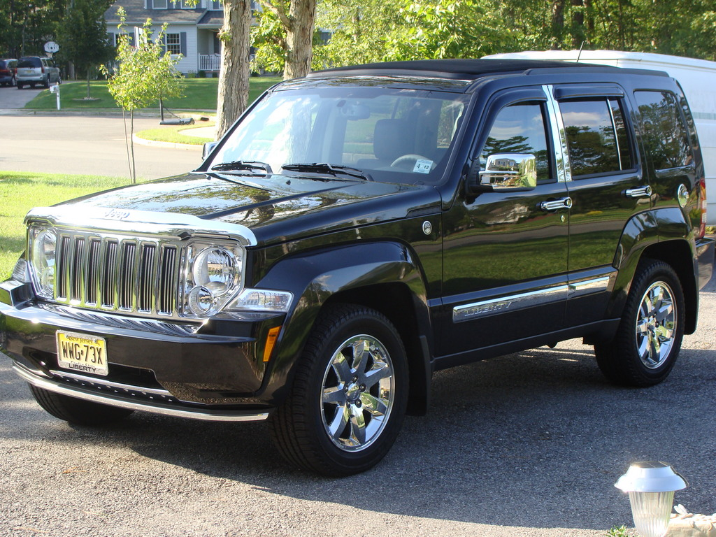 2008 Jeep Liberty : Jeep liberty photos informations articles