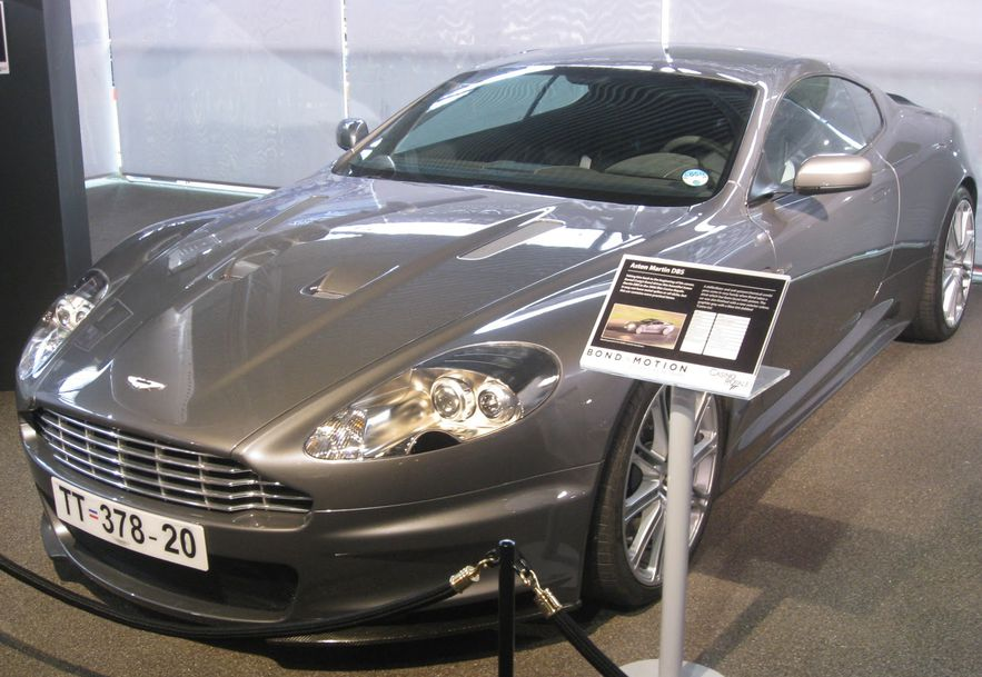 Aston martin 007 casino royale