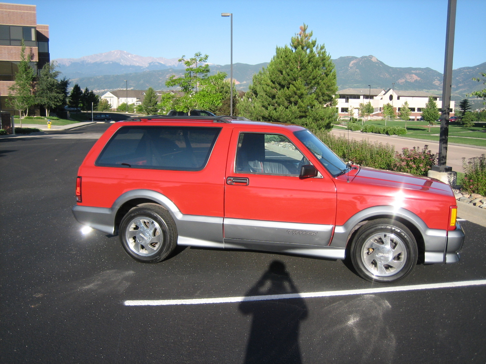 1992 GMC Typhoon #2