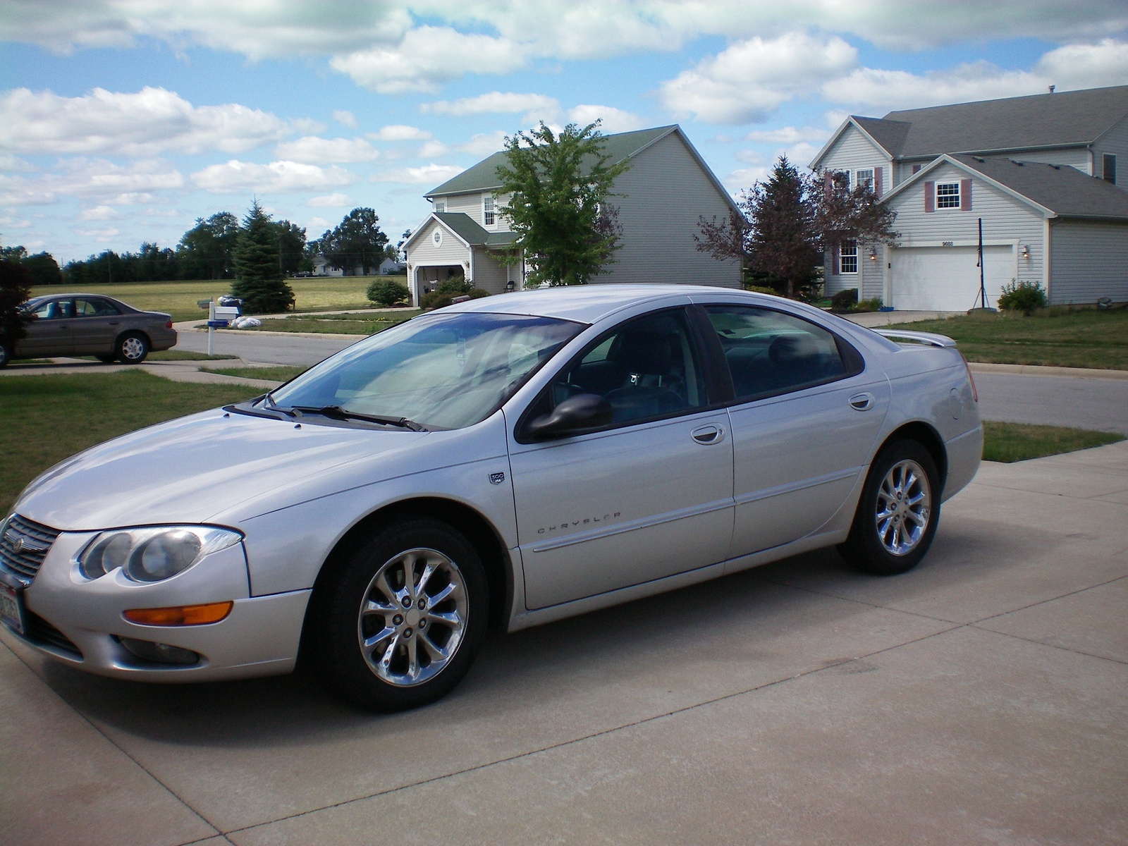 2000 Chrysler 300m #3