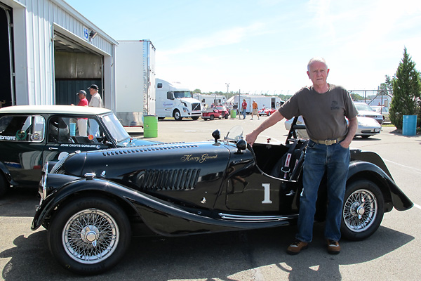 Morgan Plus 4 #15