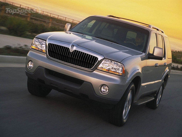 2004 Lincoln Aviator #12