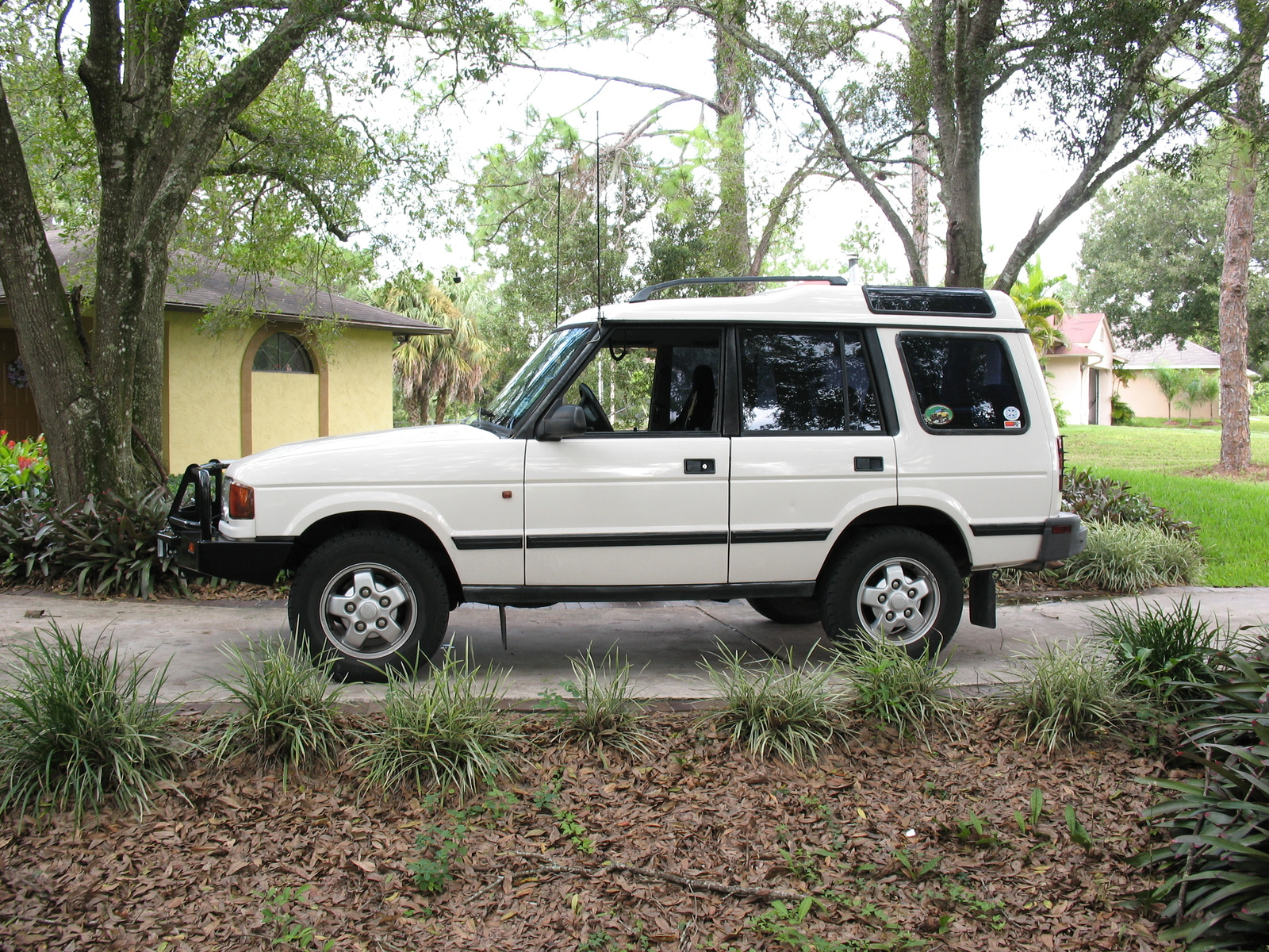 1996 Land Rover Discovery #2