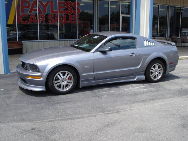 2006 Ford Mustang #13