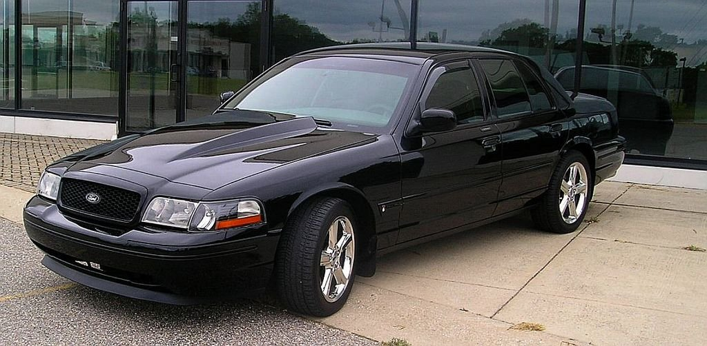 Ford Crown Victoria #11