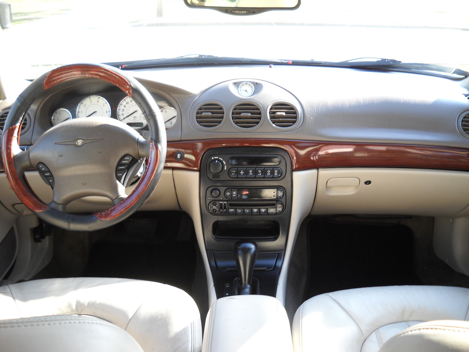 2003 Chrysler 300m #15