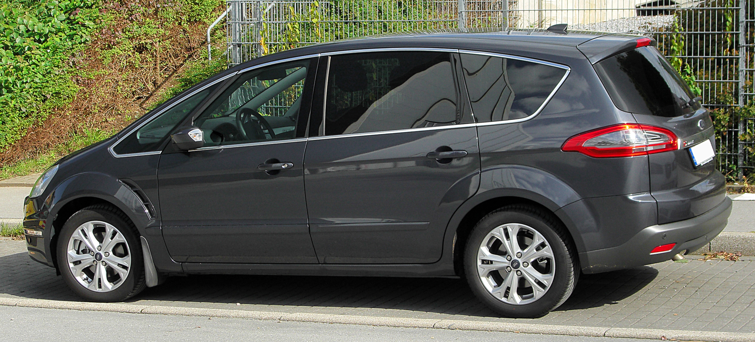 Ford S-Max #4