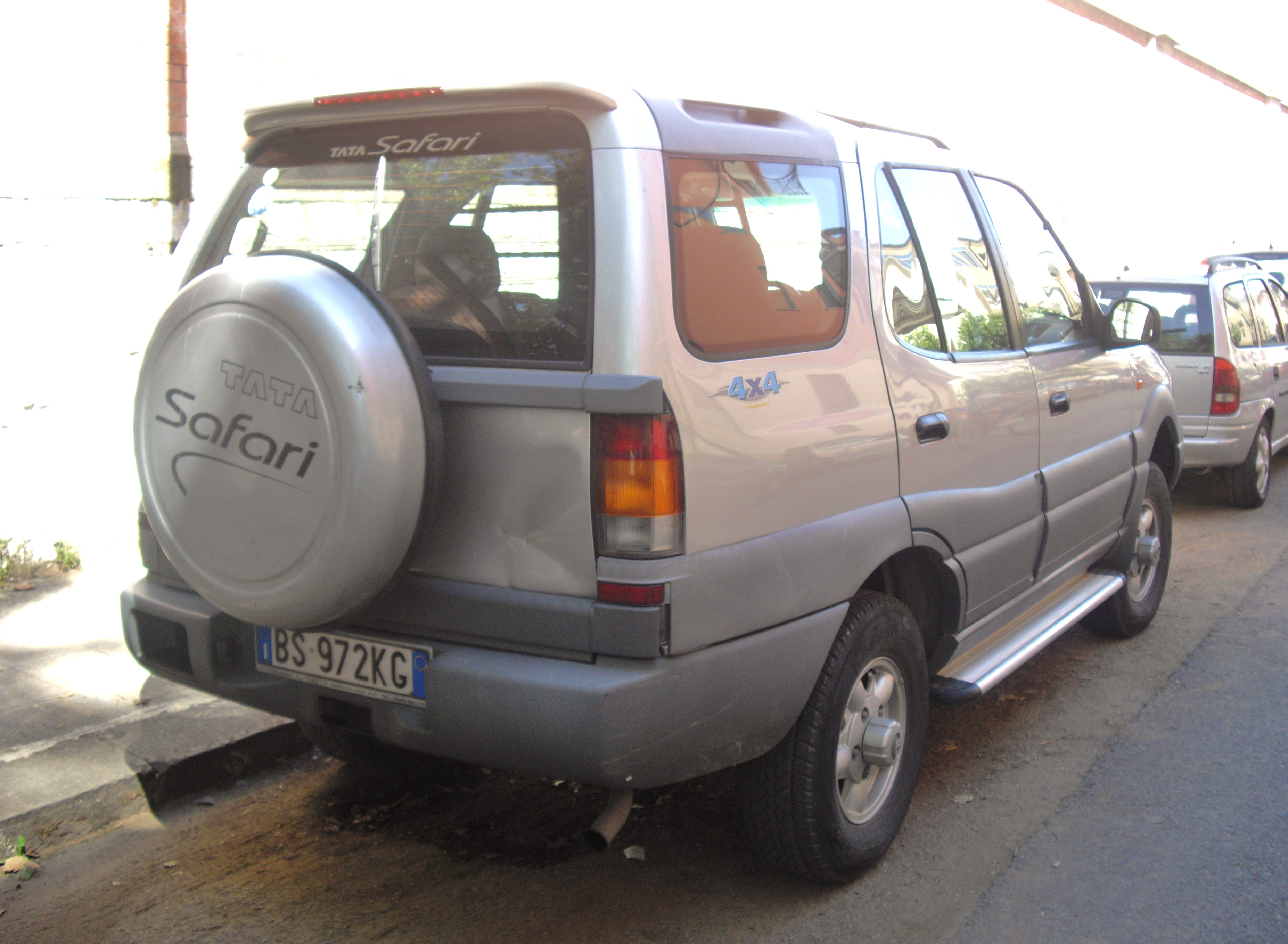 2002 Tata Safari #12