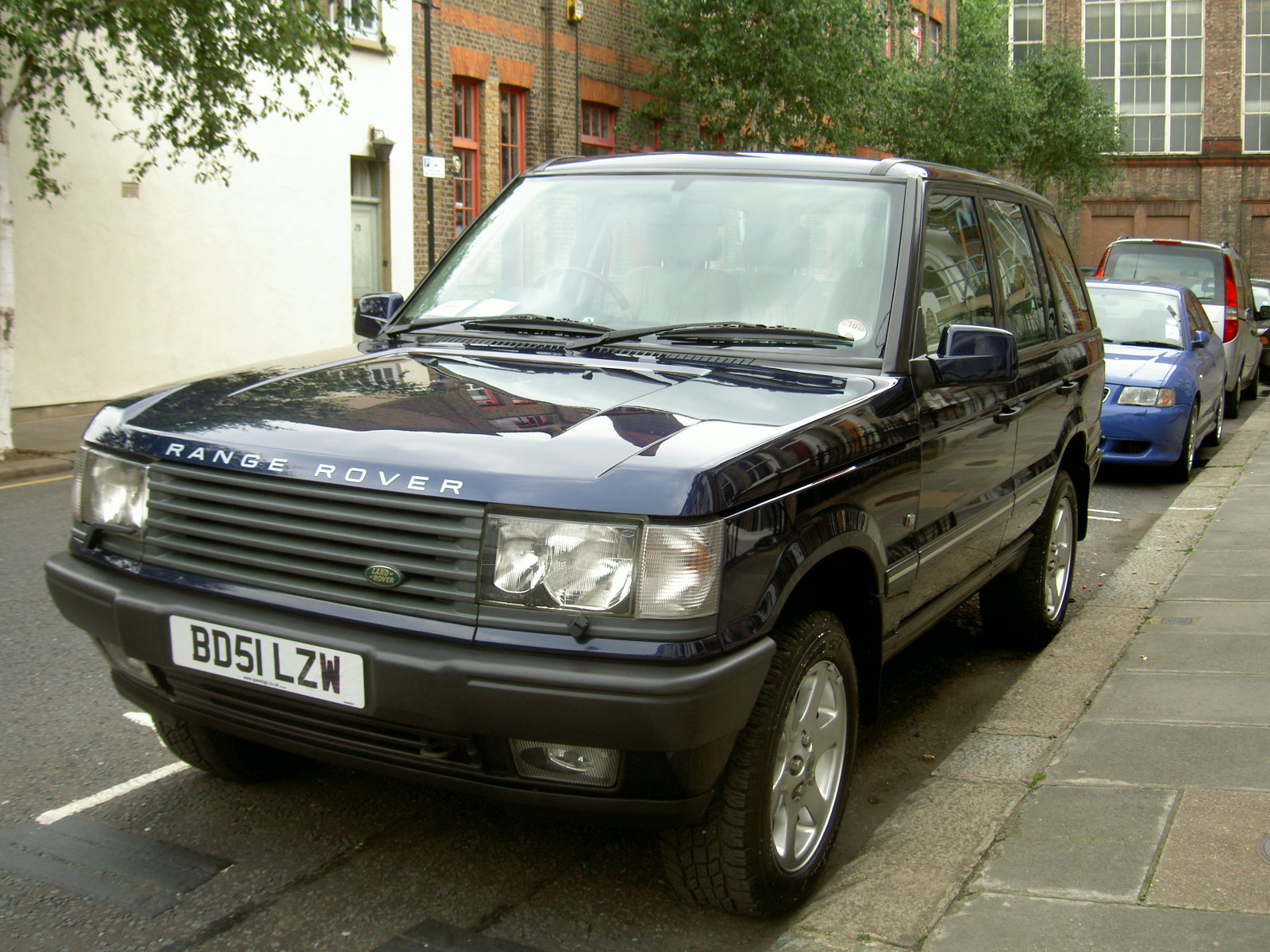 2002 land rover range rover photos informations articles. Black Bedroom Furniture Sets. Home Design Ideas