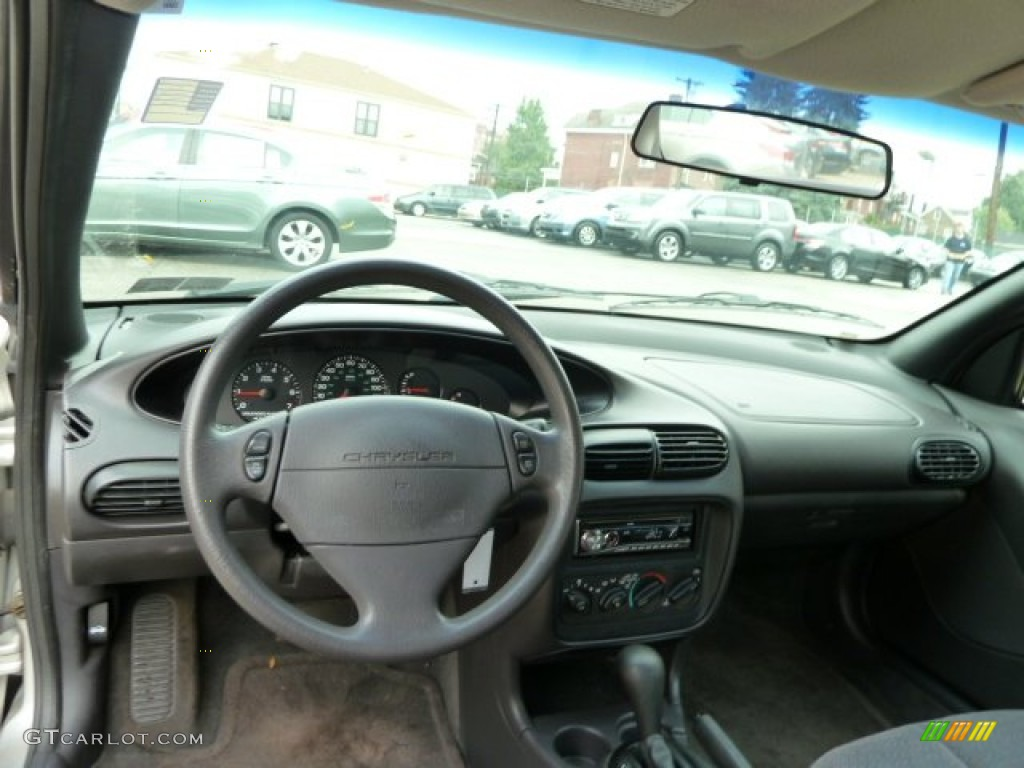 2000 Chrysler Cirrus #10