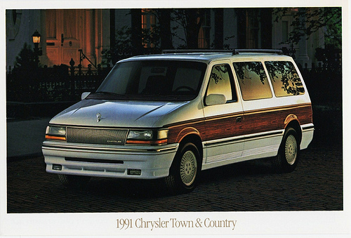 1991 Chrysler Town And Country #7