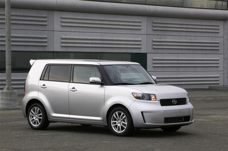 2010 Scion Xb #3