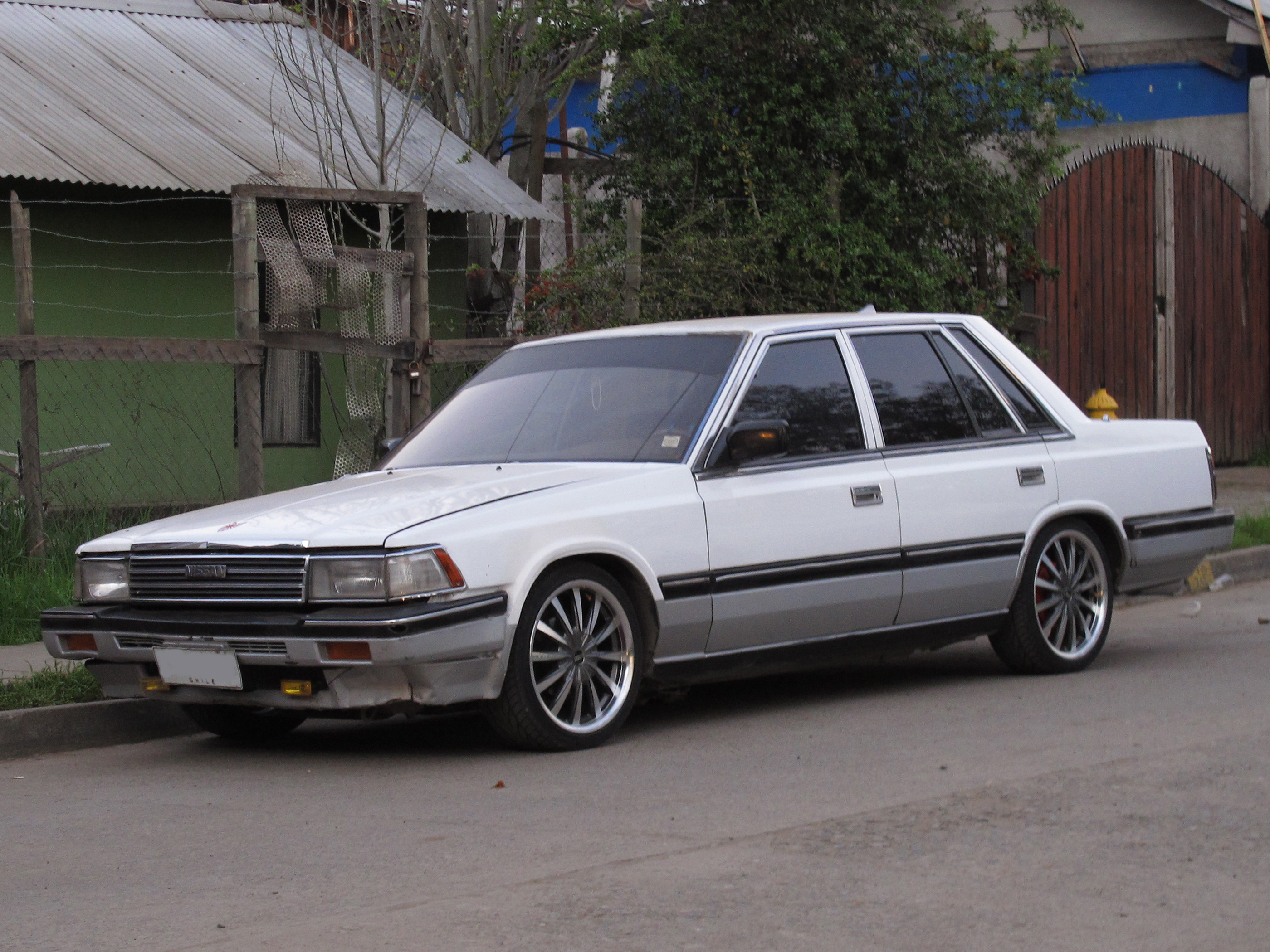 1989 Nissan Laurel #4