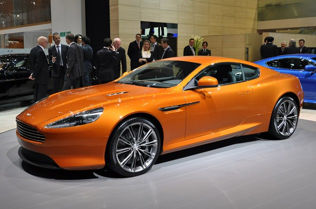 Aston Martin Virage #9
