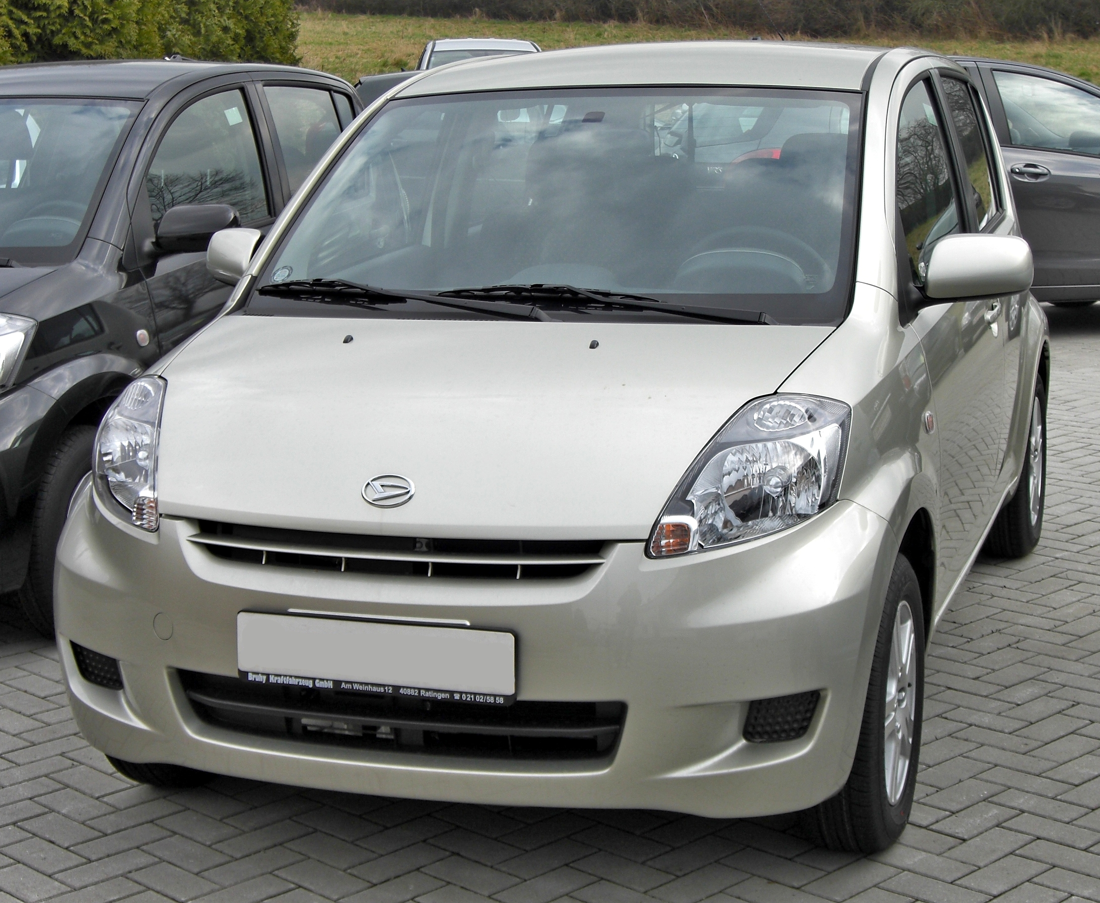 2010 daihatsu sirion photos informations articles. Black Bedroom Furniture Sets. Home Design Ideas