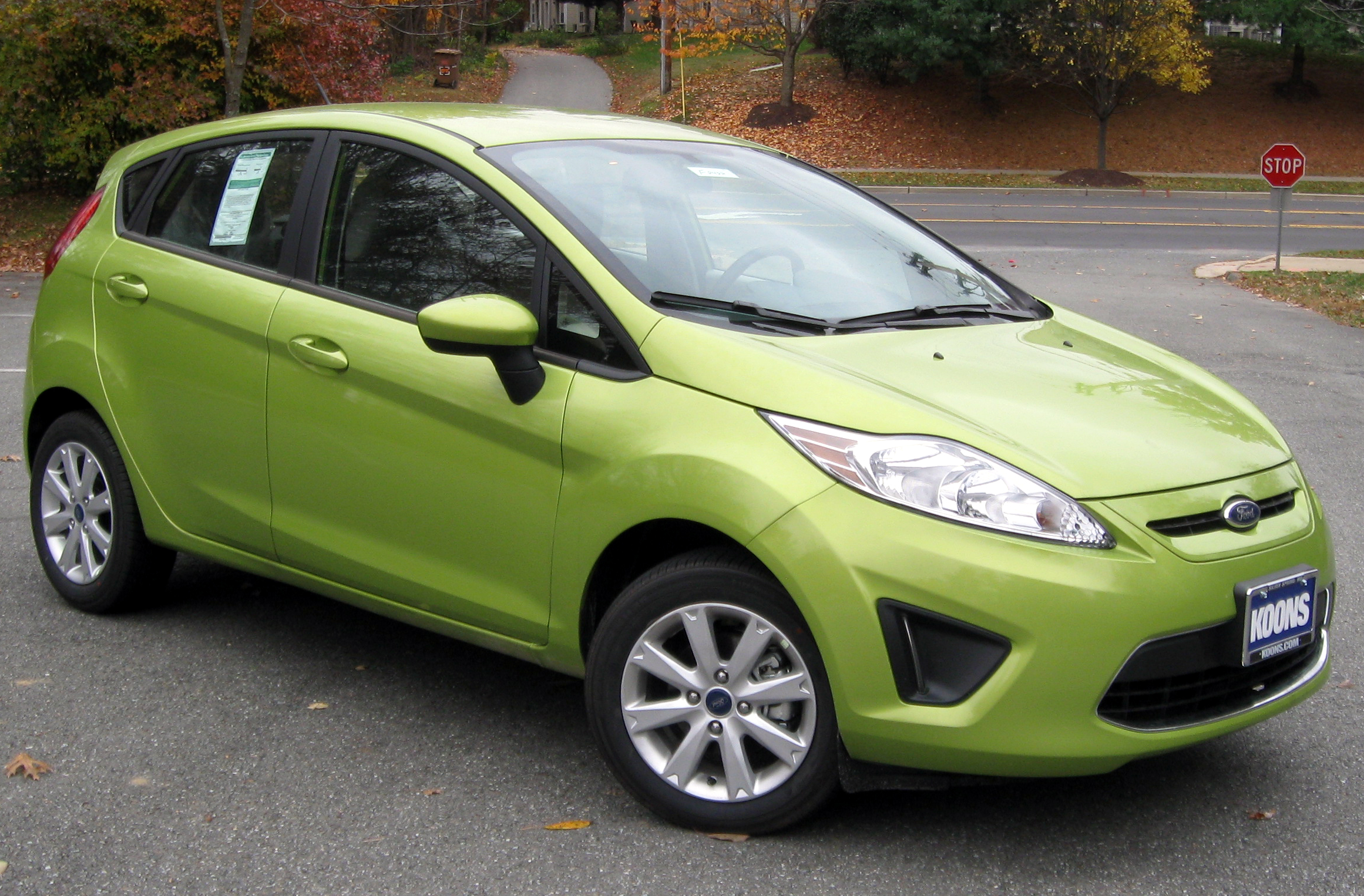 2012 ford fiesta photos informations articles. Black Bedroom Furniture Sets. Home Design Ideas