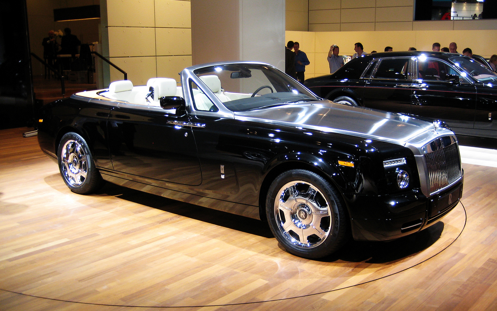 2011 Rolls royce Phantom Drophead Coupe #2