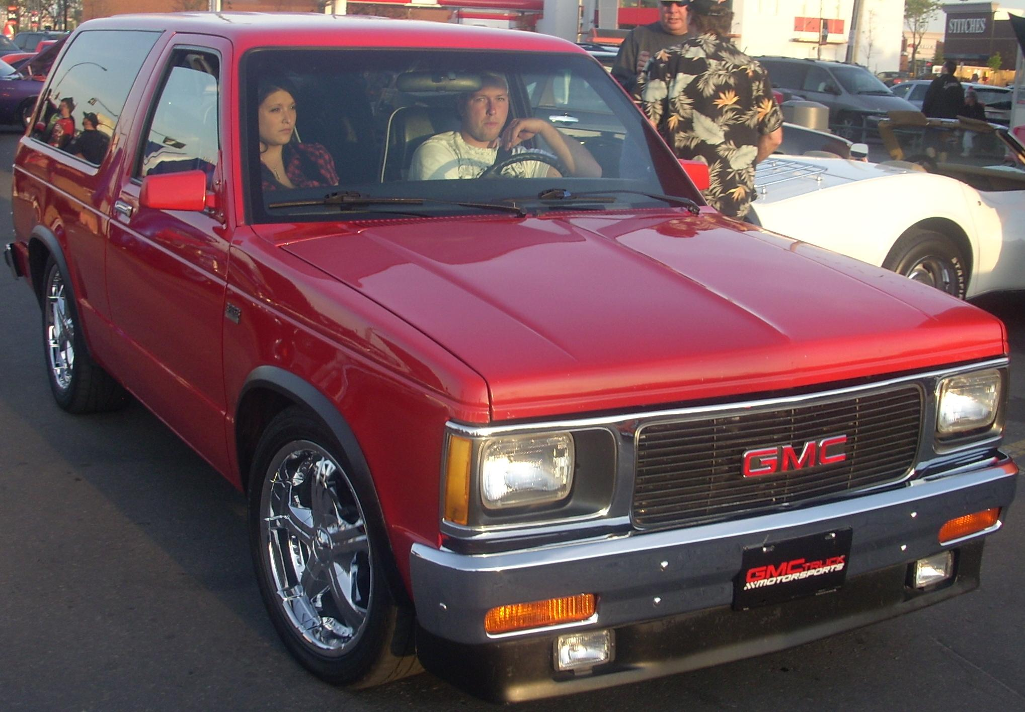 1991 GMC S-15 Jimmy #1