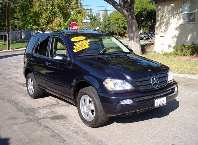 2005 Mercedes-Benz ML #17
