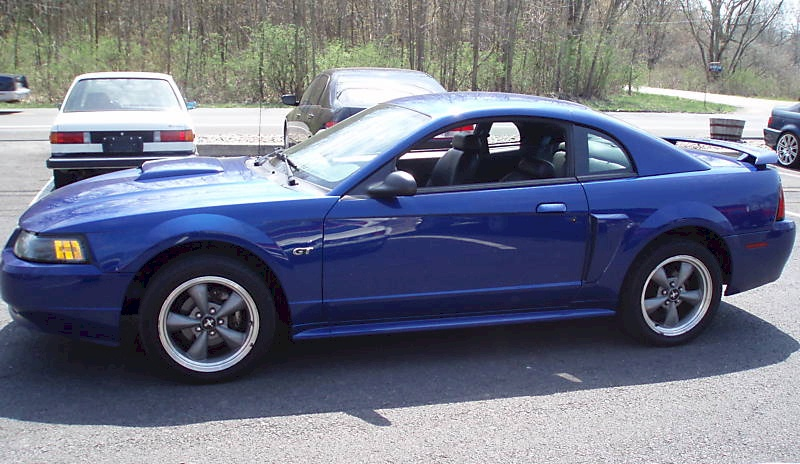 2002 Ford Mustang #3