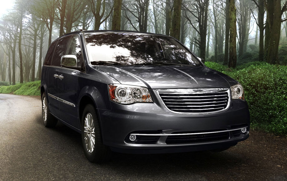 2013 Chrysler Town And Country #6