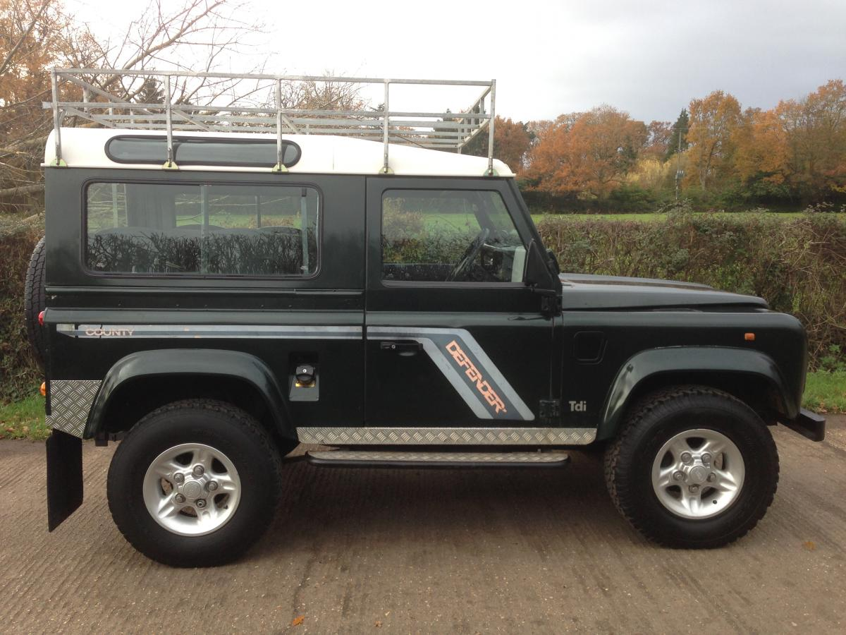 1993 Land Rover Defender #18