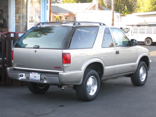 2001 GMC Jimmy #2
