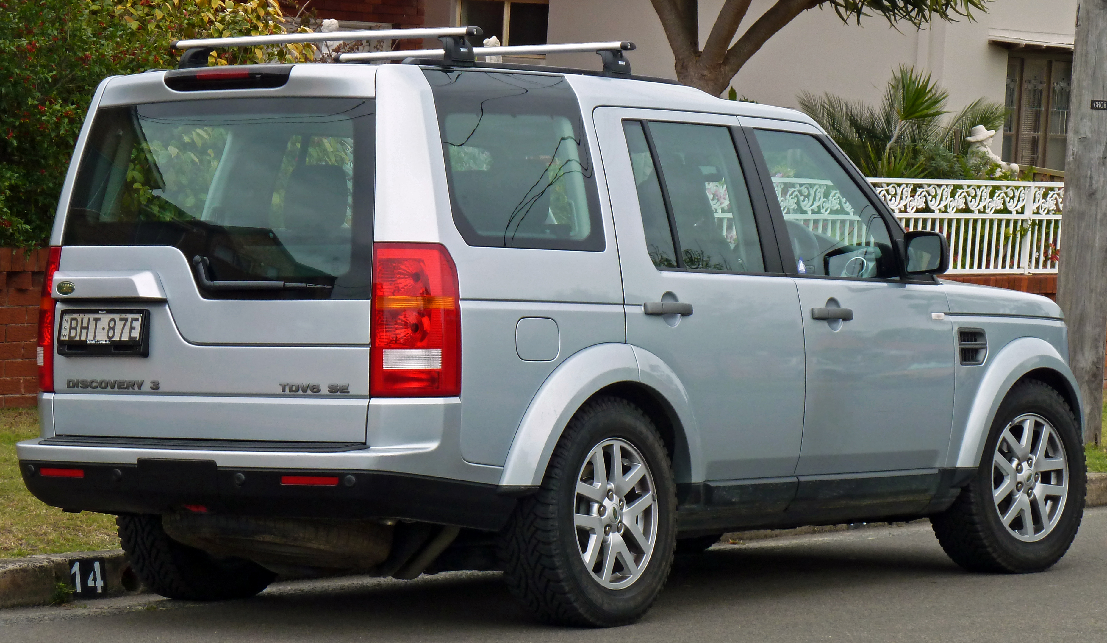 Land Rover Discovery 3 #11