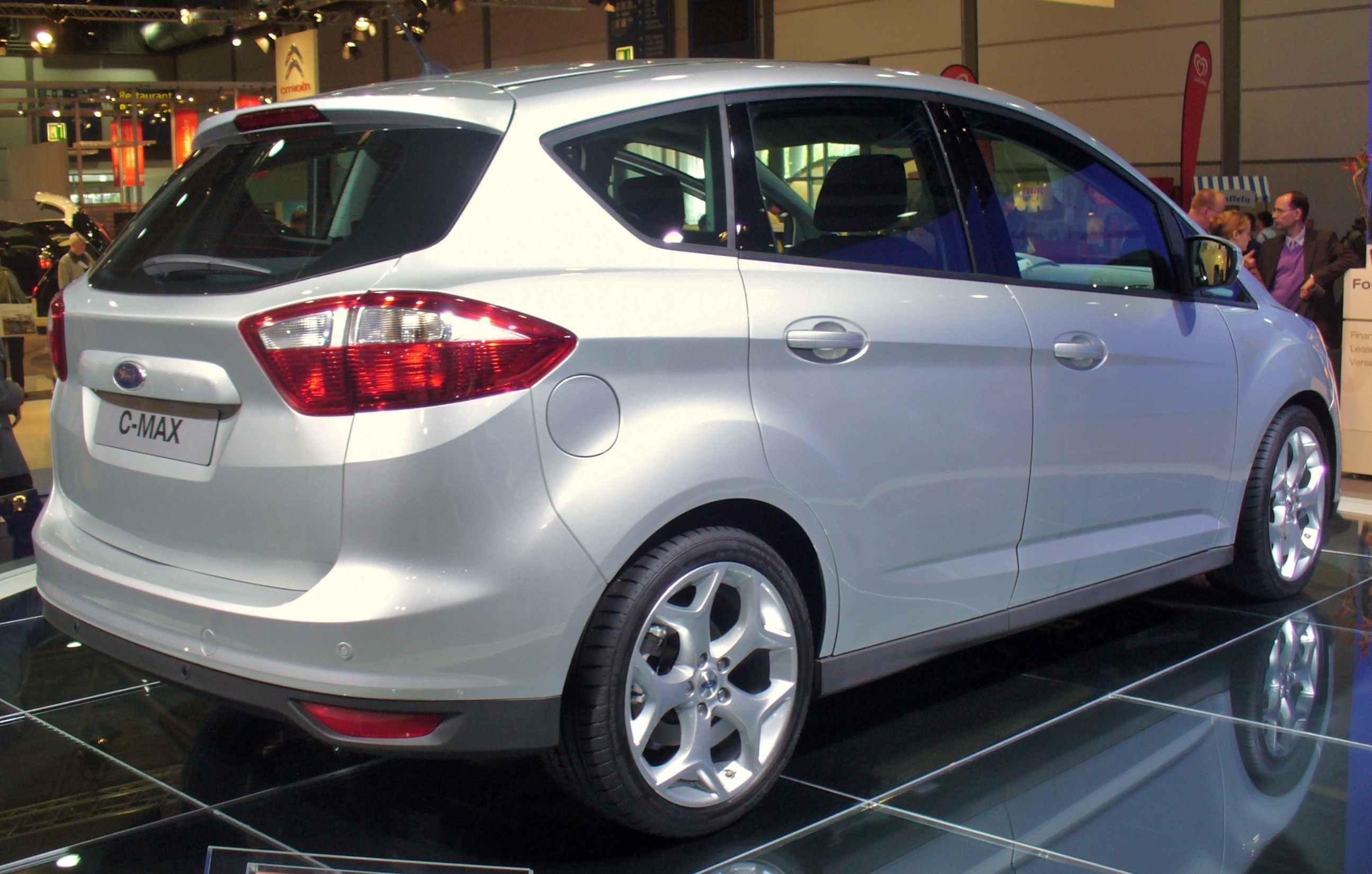 2011 Ford C-Max #5