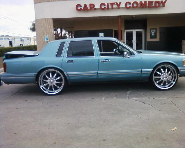 1993 Lincoln Town Car Photos Informations Articles