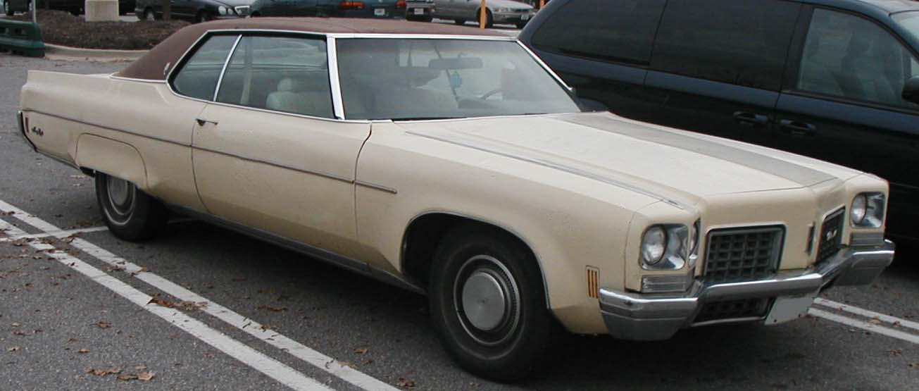 Oldsmobile Ninety-eight #7