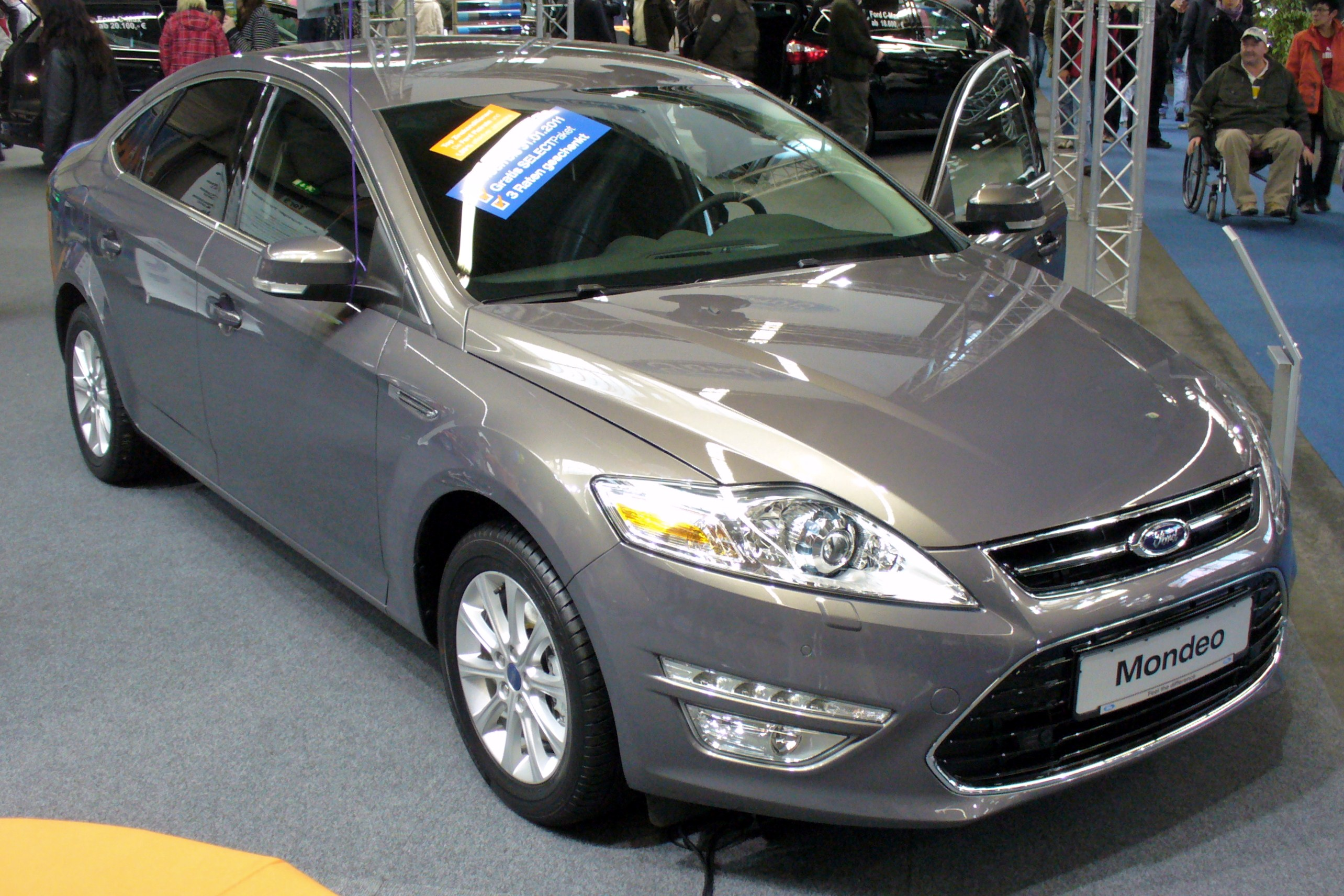 2010 Ford Mondeo #11