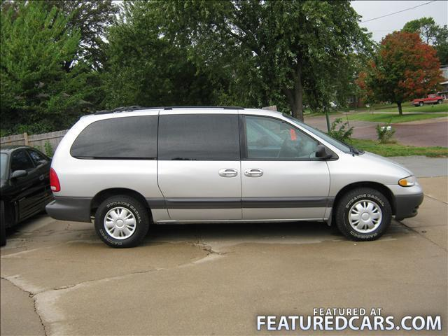 1999 Plymouth Grand Voyager #10